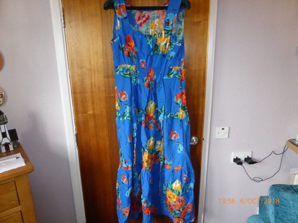 9931b555417 Floral Summer Maxi Dress. Size 18. Lovely Condition.