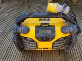 Used Dewalt radio/charger DCR017 110 V
