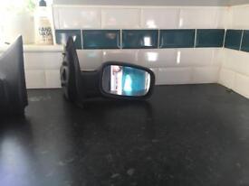 Renault Clio driver wing mirror