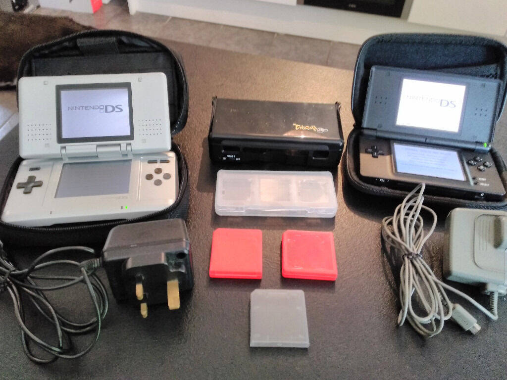 Nintendo DS/DS Lite bundlein Tilehurst, BerkshireGumtree - Nintendo DS/DS lite bundle for sale in excellent condition & both in full working order. Black DS Lite comes complete with charger & padded case. Silver DS Original comes complete with charger & padded case. Also included is a new venom sound case...