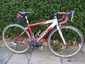 Giant OCR Boys/Youth's/Women's Road Bike, Small/XS 44cm. 27 speed Shimano Sora. £95 OBO