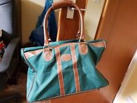 Green hold all bag, Hardly used
