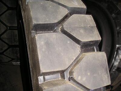 Power Trak 28x9-15 Solid Forklift Tires Retreads 8.15-15 81515 28915