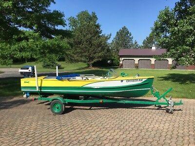 vintage 1958 Mohawk 16ft outboard aluminum boat 35 hp evinrude motor