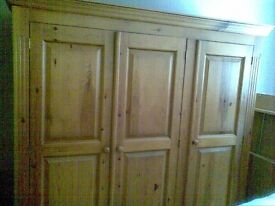 Wardrobe 3 door, solid wood. Two drawers in the base.