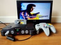 Nintendo 64 (N64) Grey, Game, Controller. Excellent Condition. Full set.
