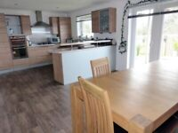 Kitchen units and worktop available, with some appliances