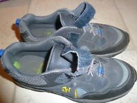 Clarks boys smart navy Jack Nano shoes 3 G excellent condition