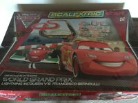 Lightning McQueen Cars2 Scalextric Start extra track