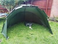 Brand new never used cypry solo day shelter with ground sheet