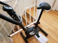 DynamixYC-1422 Exercise Bike