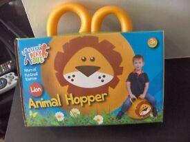animal hooper lion bnip