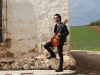 Professional GUITARIST AVAILABLE FOR PAID GIGS