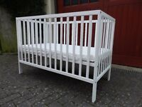 Cot for sale with mattress. Good clean condition.