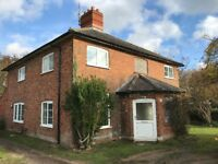 Rooms to rent in detached cottage in country location - fully cleaned - winter cosy!