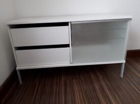 IKEA TOBO TV Bench in White - Tilbury RM18 8AU