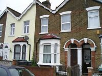 Double or Twin room to rent in Harringey, N15, Turnpike Lane stn, £160pw
