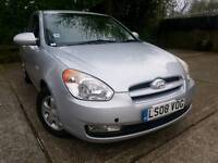Hyundai  ACCENT 1.4 full service history automatic))))