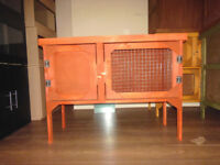 brand new 3ft rabbit/guinea pig hutch in cedar red