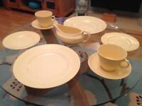 Woods Jasmine Ware Vintage Utility Dinner/breakfast set