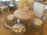 Table and 4x bentwood chairs