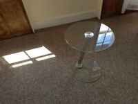 glass little table/side table