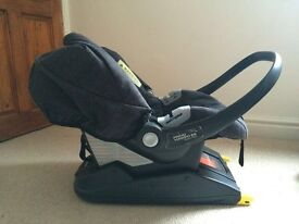 Mamas and Papas Primo Viaggio Infant car seat and isofix base!. Excellent condition will post