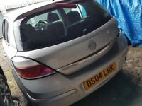 Vauxhall astra, 2004 Breaking and selling for parts