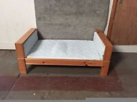 Small Childs Bed ID No. 69/11/16