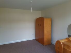 Fully furnished large double room