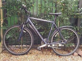 Trek 7200 Hybrid Bike - 58cm frame, 24 speed Shimano - Serviced