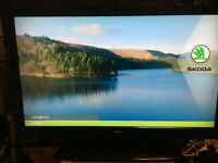 """Bush 39"""" Full 1080p LCD HD TV with Freeview"""
