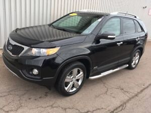 2013 Kia Sorento EX Luxury V6 LOADED V6 LUXURY EDITION WITH A...