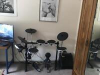 Electronic Behringer Drum Set
