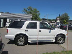 2000 Chevrolet Blazer TrailBlazer CUIR  TOIT 4X4  financement  m
