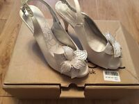 Brand New Next Ivory Corsage Shoes size 4.5