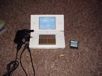 NINTENDO DS LITE AND CHARGER AND GAMES MINT CONDITION