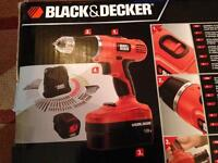 Black and decker 18v drill with drill bits