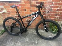 Specialized Hardrock 17''.24 Shimano Acera. Perfect condition. Good looking bike . Sold as seen.170£