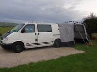 T4 V.W. TDI CAMPERVAN. FITTED OUT TO A HIGH STANDARD. ABSOLUTE BARGAIN. KYHAM AWNING AND EXTRAS