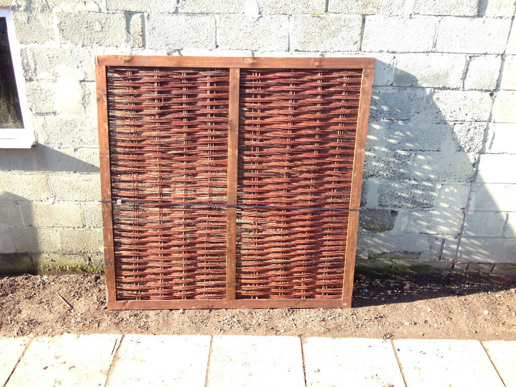Heavy framed willow hurdle fence panel 6ft x 6ft brand new in heavy framed willow hurdle fence panel 6ft x 6ft brand new baanklon Choice Image