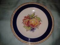 VINTAGE CROWN DUCAL WARE ART DECO SUMMER FRUITS ENGLISH IRONSTONE CHINA PLATE