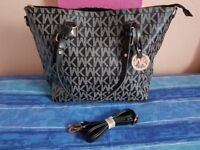 Brand New / Unused designer tote handbag for Sale! Perfect for everyday use or as a gift to someone!