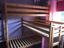 L shaped triple bunkbeds