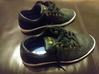 Mens K Swiss Trainers (Approx size 8)