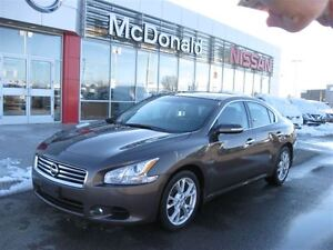 2013 Nissan Maxima Navigation, Leather heated seats,Blue tooth h