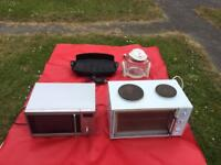 Kitchen oven microwave and Elgric barbecue