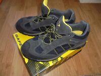 DUNLOP Safety Shoes. Size 8UK