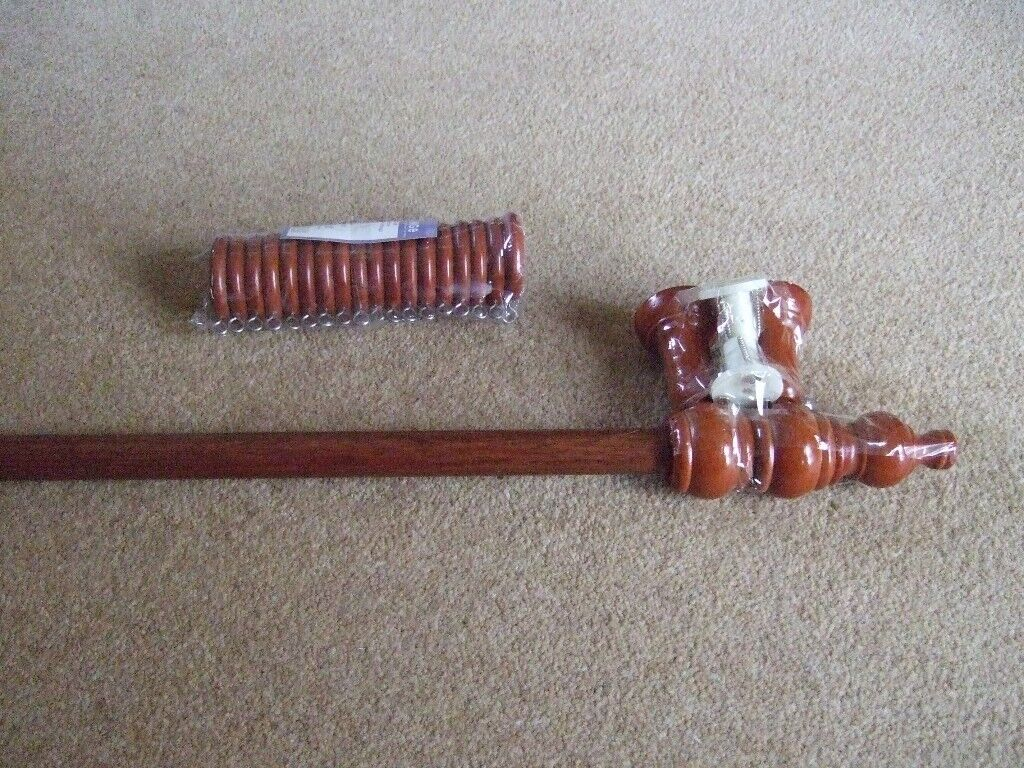 WOOD CURTAIN POLE 2 METERS LONG (INC FINIAL ENDS) +BRACKETS & RINGS