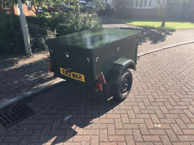 Box trailer wooden with solid lid 3ft x 4ft x 2ft high capacity